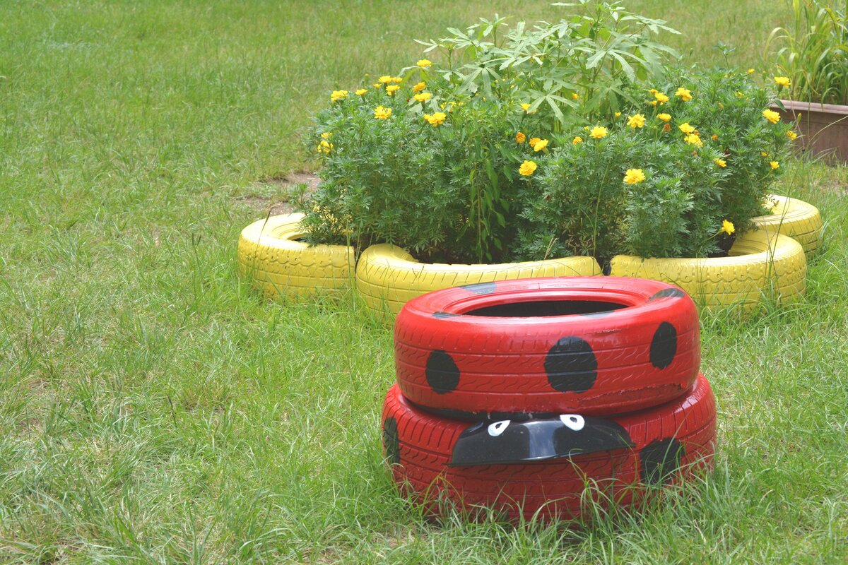 lady-bug-tires.jpg